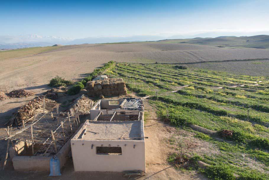 http://www.marrakechdream.ma/wp-content/uploads/2017/08/terre-des-etoiles-desert-d-agafay-pierre-yves-marais_0000009770yzo1cf84b5_l.jpg